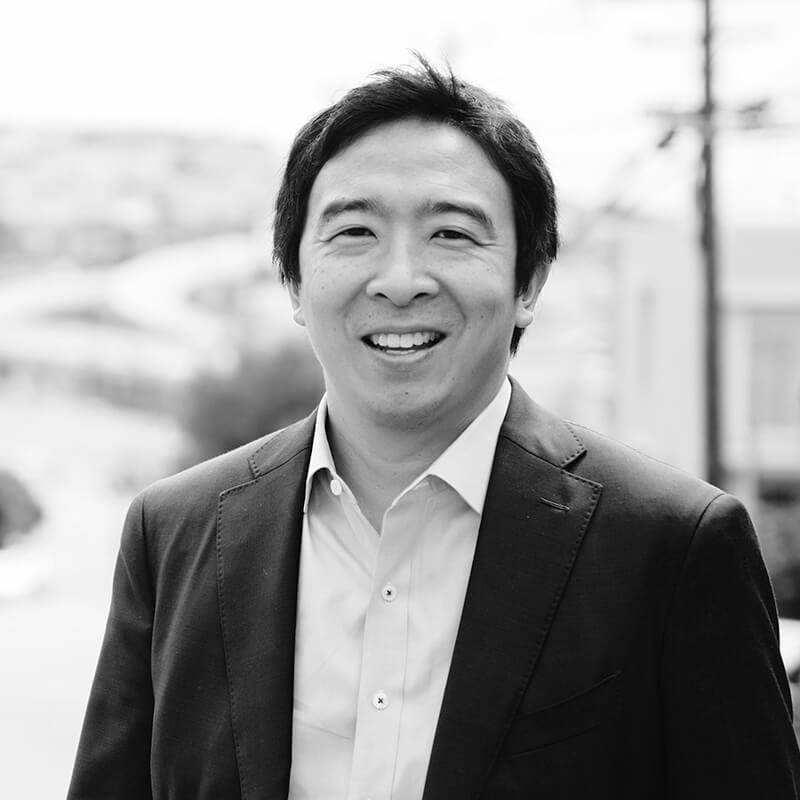 Photo of Andrew Yang
